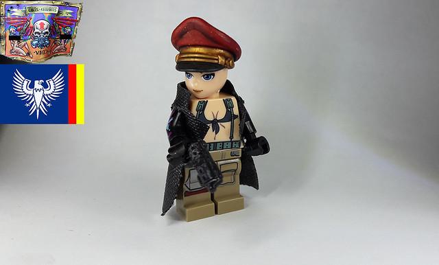 [MOC] Custom and Custom Painted Figures 38467602310_0a4de80556_z