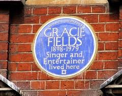 Photo of Gracie Fields blue plaque