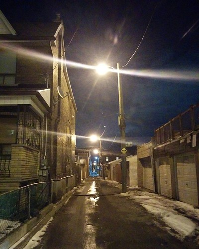 Alley east off of Lansdowne, north of Lappin #toronto #wallaceemerson #lansdowneave #alley #laneway #night #lappinave