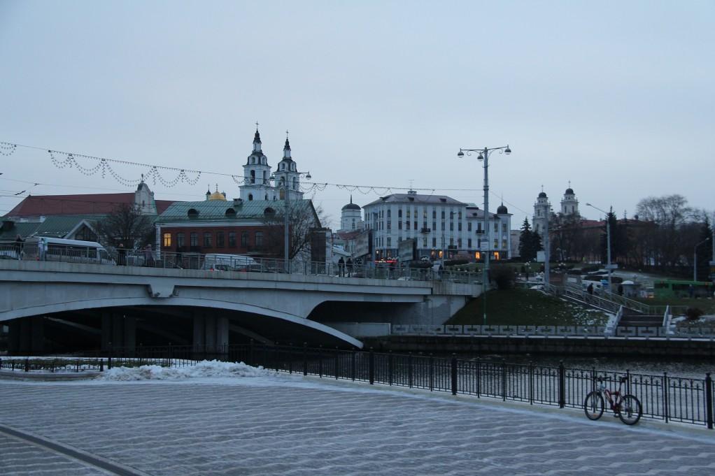 Минск - город вечерний, город ночной, город прекрасный, город родной