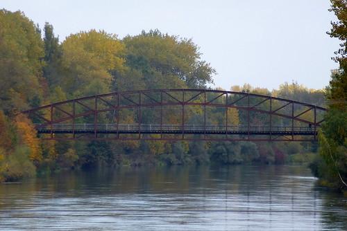 Ehemalige Eisenbahnbrücke der Strecke Landau - Arnstorf über die Isar