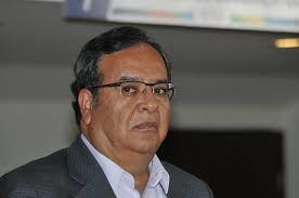 PÁG. 5 (3). C.P. Jesús Arturo Díaz Medina, también en octubre de 2016 renunció a su cargo de apoderado legal de la minera canadiense...