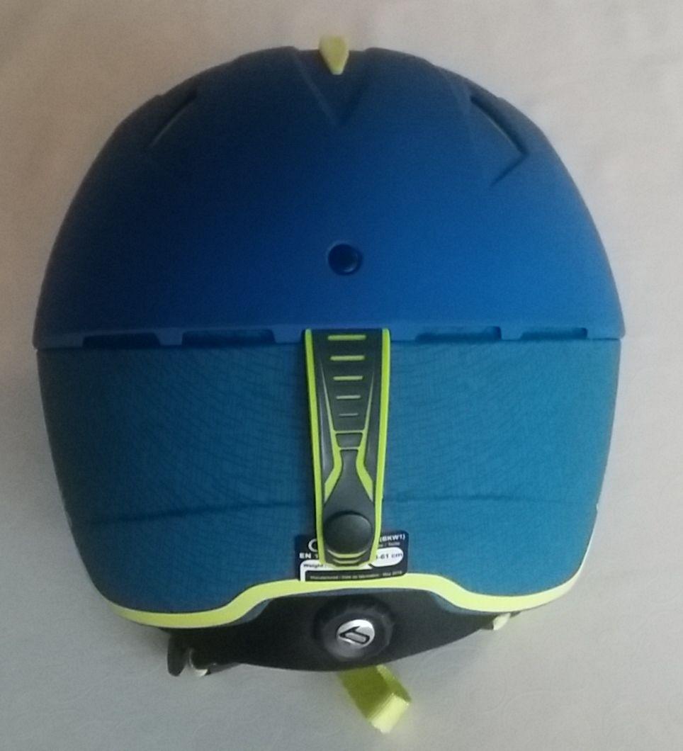 Model Synergy lyžiarskej prilby od Bollé bežne vídavam v obchodoch aj na  svahoch minimálne 6 rokov ecdf44c01e3