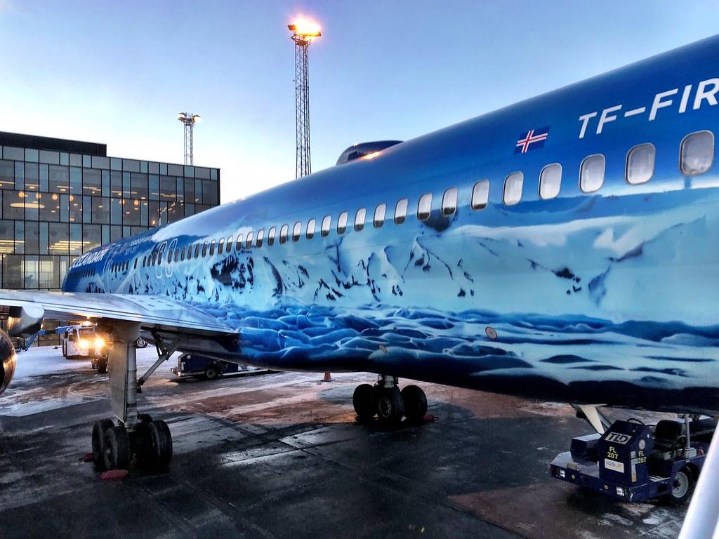 Icelandair: Comparing Economy Comfort & Saga Class Cabins