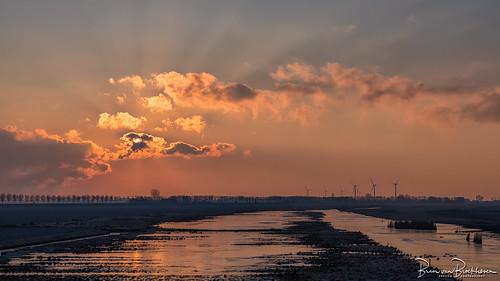 """Sunrise """"Klaasjeswater"""" Herkingen"""
