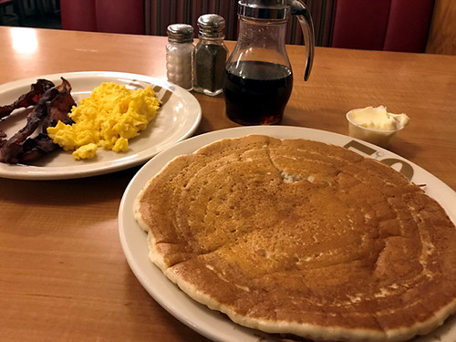 Lil' Jon Restaurant - Best Breakfast Restaurants in Bellevue | Bellevue.com