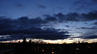 Sommerabend Sonnenuntergang Sturmwind braust 01548