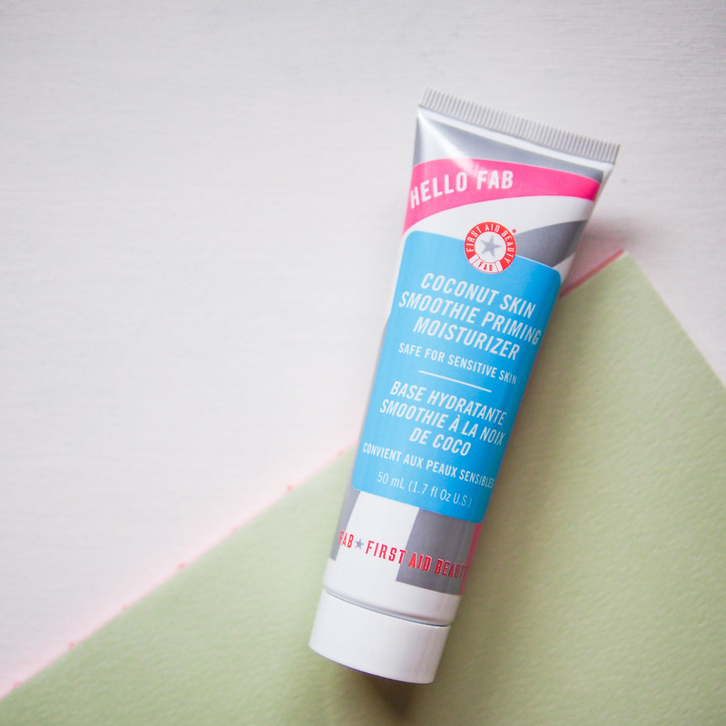 First Aid Beauty - Coconut Smoothie Priming Moisturizer