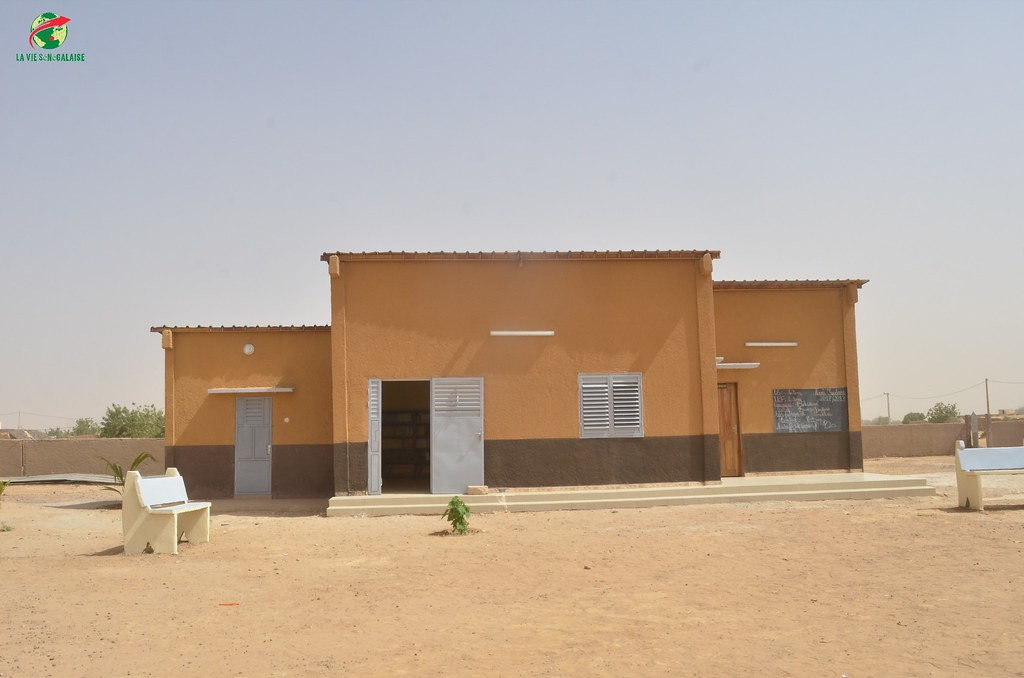 Inauguration d'infrastructures  de base à Mbakhna Par la Fondation SONATEL (5)