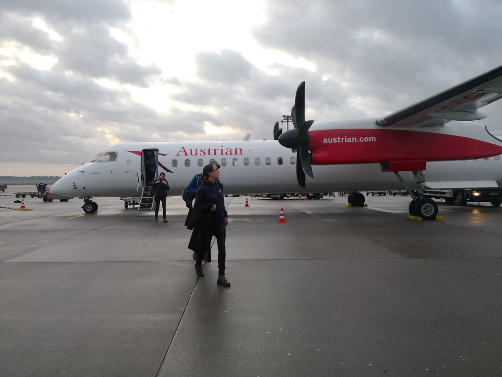 Austrian Airlines Dash 8