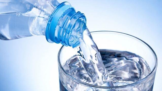 Agua riñones