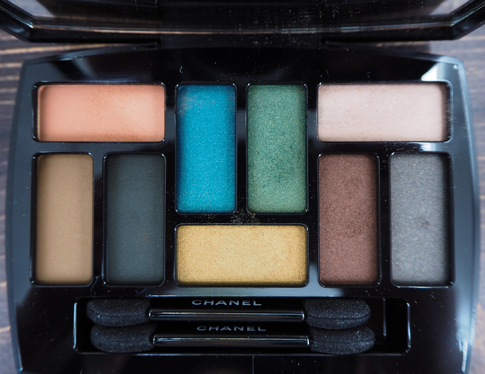 Chanel Les 9 Ombres Edition №1 — Affresco
