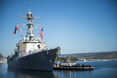 USS Chafee (DDG 90) returns to Joint Base Pearl Harbor-Hickam, Jan. 12. (U.S. Navy/MC2 Justin R. Pacheco)