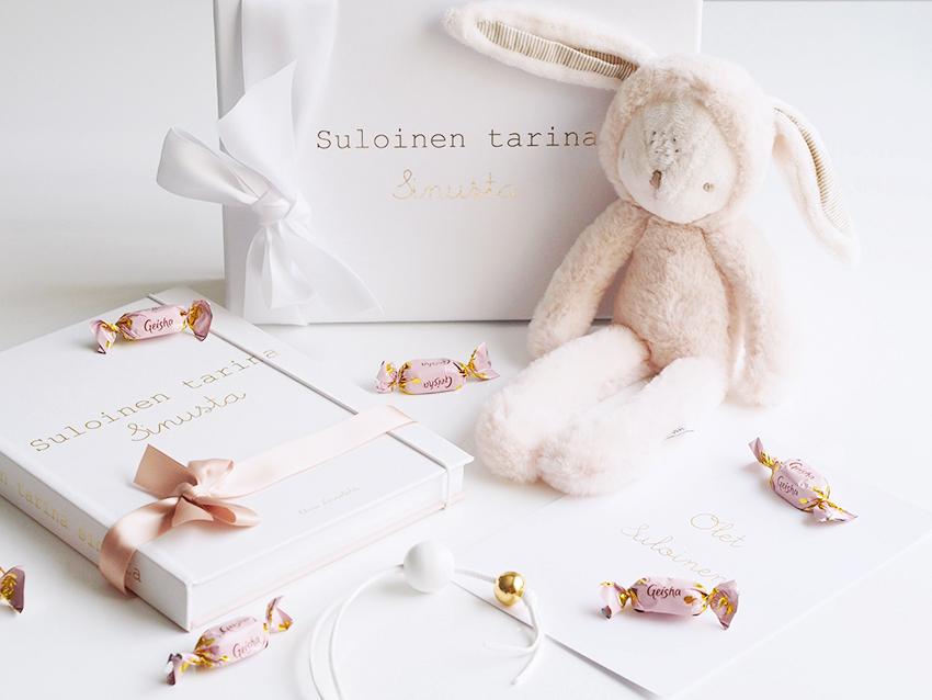 PikkuVanilja vauvakirja Suloinen tarina sinusta blogi 12