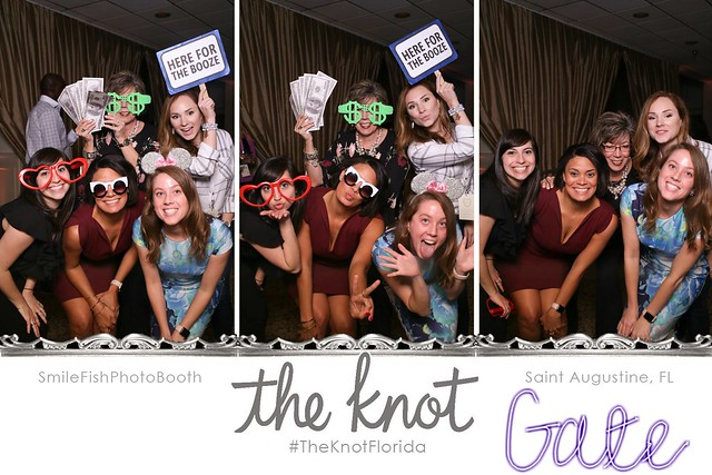 the knot vendor wedding industry event saint augustine, florida treasury on the plaza venue wedding photobooth mirror me