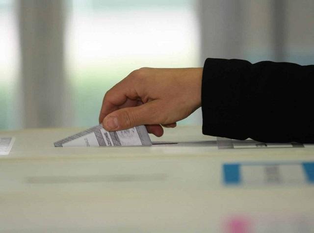Noicattaro. elezioni intero