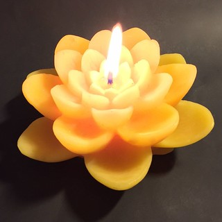 happy-flame-spiritual-double-lotus-beeswax-candle-1596378947