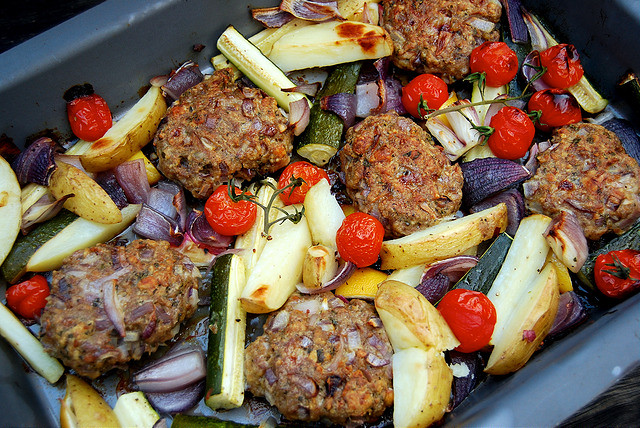 Greek Lamb Pattie and Vegetable Tray Bake #greek #lamb #traybake #onepan #dinner
