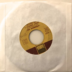 SMOKEY ROBINSON & THE MIRACLES:THE TEARS OF A CROWN(JACKET B)