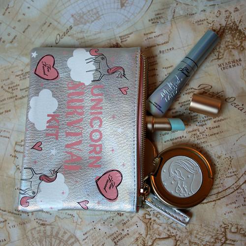Too Faced - Unicorn Survival Kit
