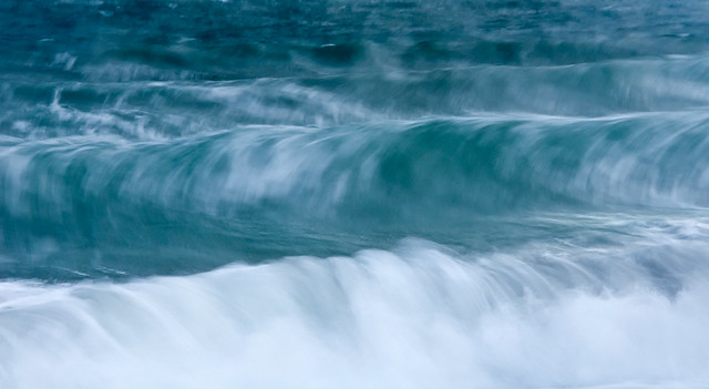 1012_0495 Winter Waves