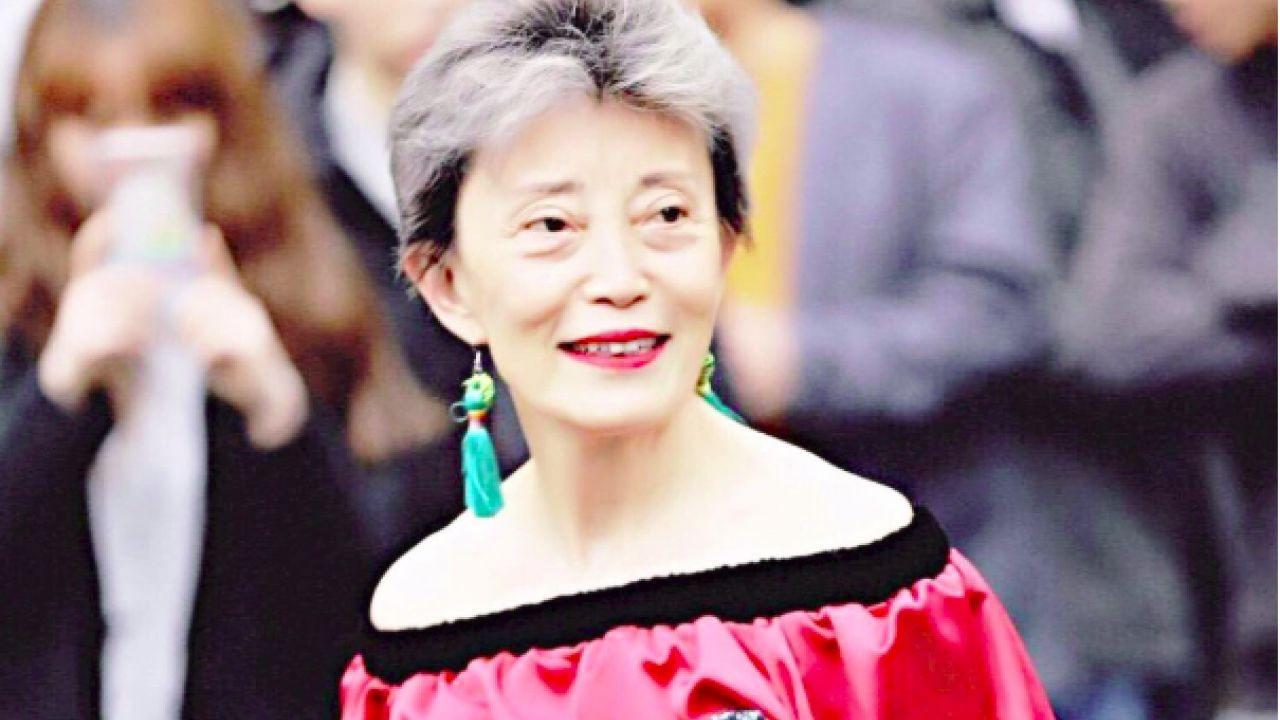 有「韓姨」之稱的韓穎華被指在網上發言論誹謗曾志偉。(韓穎華微博圖片)
