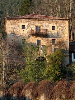Torre de Bustillo (Penilla de Toranzo)