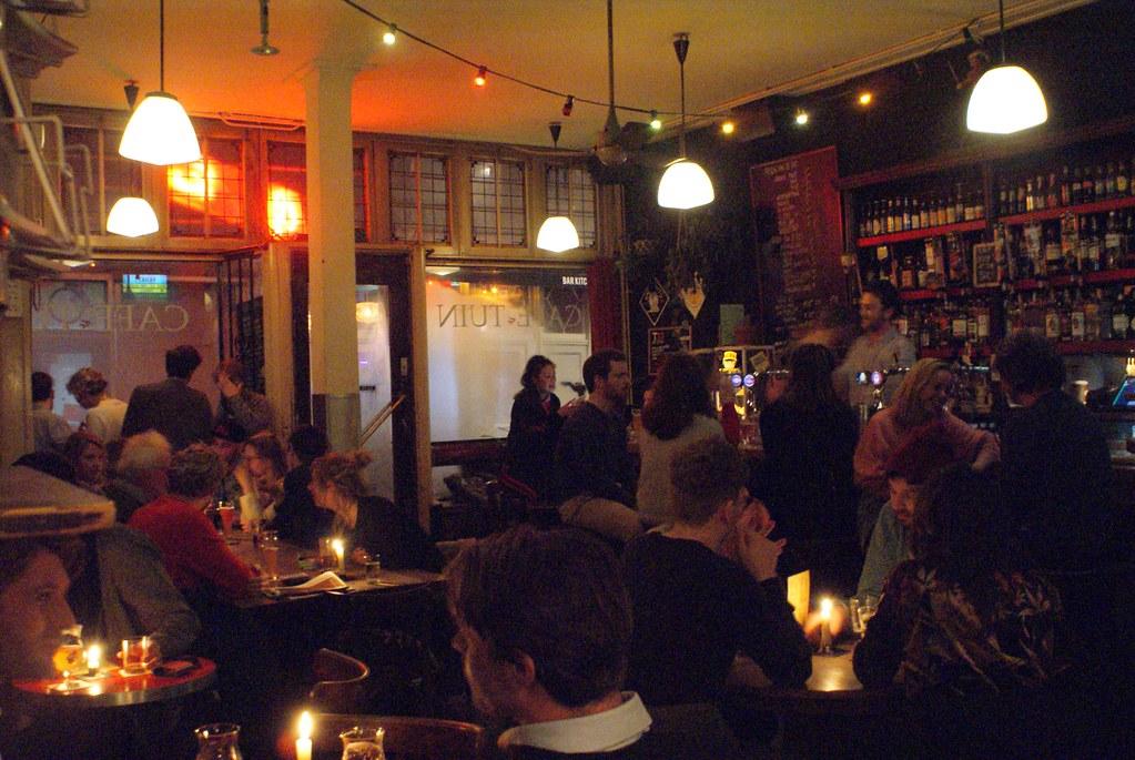 Café brun Tuin à Amsterdam dans le quartier du Jordaan.