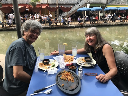 San Antonio - Riverwalk lunch