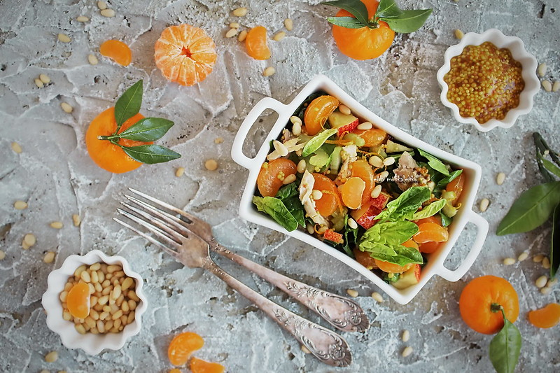...salad with tangerines and spinach