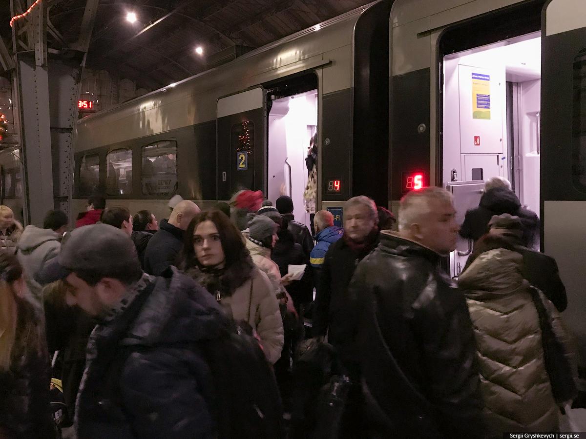 trains-in-ukraine-20