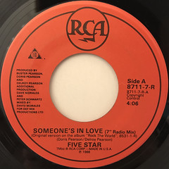 FIVE STAR:SOMEONE'S IN LOVE(LABEL SIDE-A)