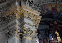 Pilaar  De Dom in Berlijn