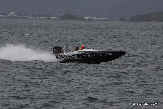 Powerboat racing, Wellington 4-2012 (46), Canon EOS 40D, Tamron SP 70-300mm f/4.0-5.6 Di VC USD