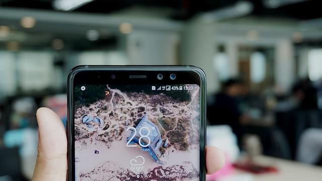 Kamera depan ganda Galaxy A8 Plus (Liputan6.com/ Agustin Setyo W