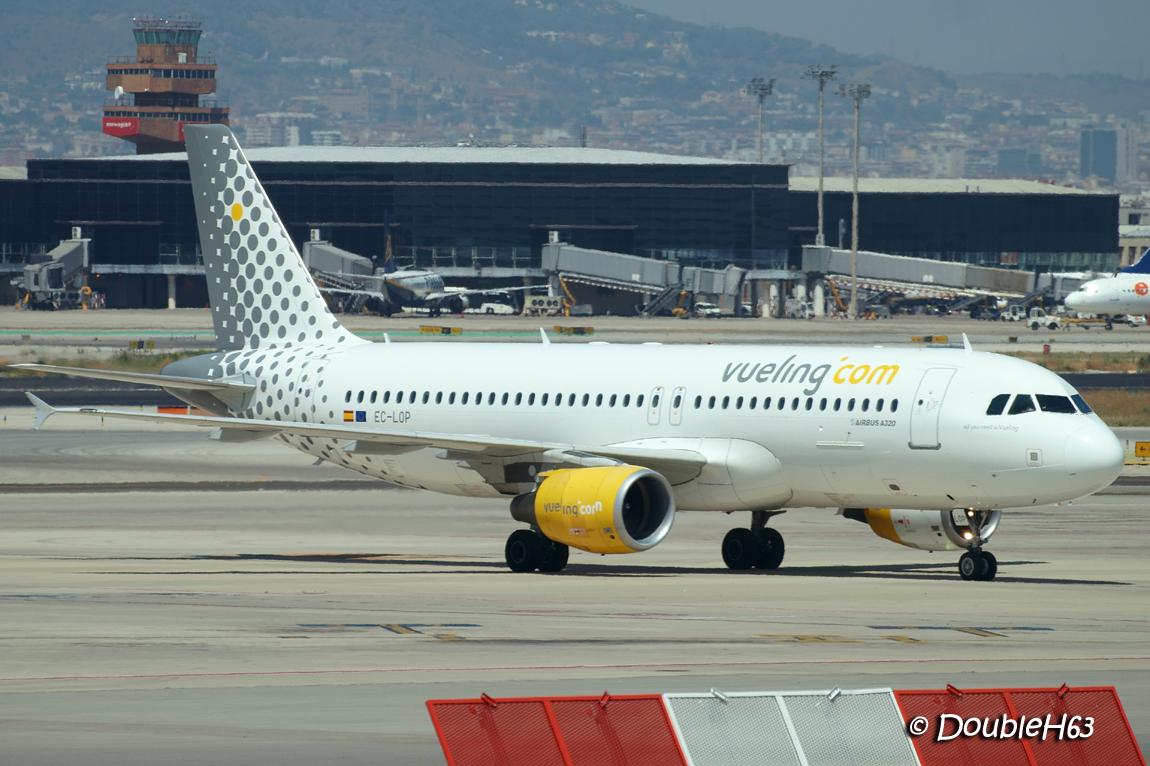 EC-LOP A320 VLG BCN