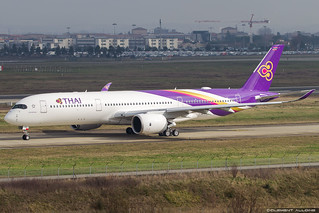 Thai Airways International Airbus A350-941 cn 185 F-WWIW // HS-THL