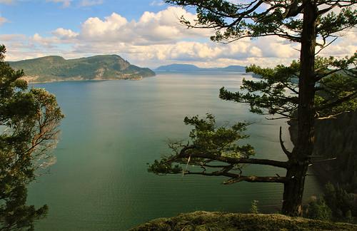 waterwaterfront kananaskis alberta canada