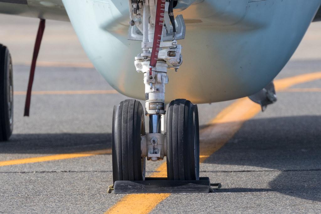 Deflector tire