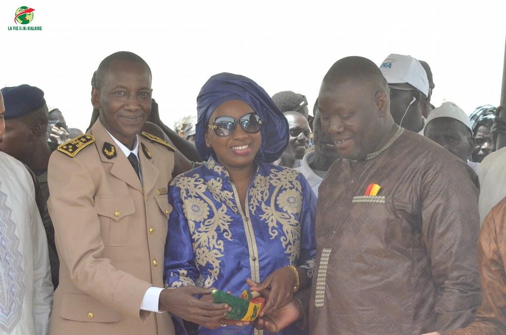 Inauguration d'infrastructures  de base à Mbakhna Par la Fondation SONATEL (94)