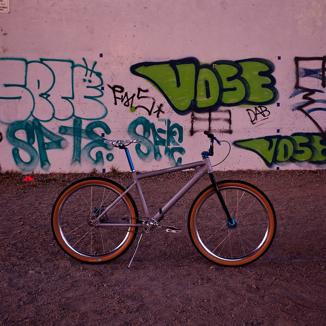 SquidBikes Shred to Ed's Painted by Swamp Things.