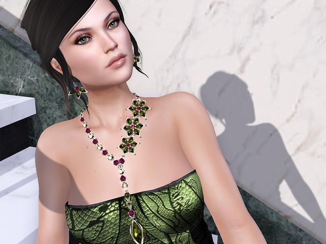 Dahlia jewelry set, Zuri Rayna