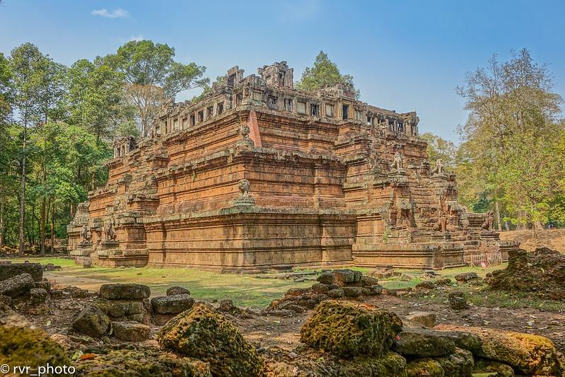 Phimeanakas, Camboya