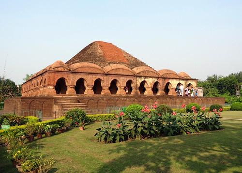 rasmancha bishnupur bankura westbengal hindutemple temple mancha heritagebuilding banga bengal ruralbengal ancientbengal historicalbuilding architecture