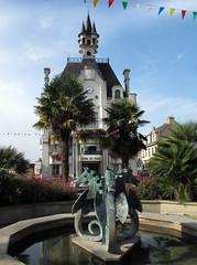 Fountain, Place de la Mairie - Photo of Gaël