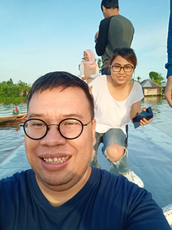 Foto selfie pakai Oppo F5