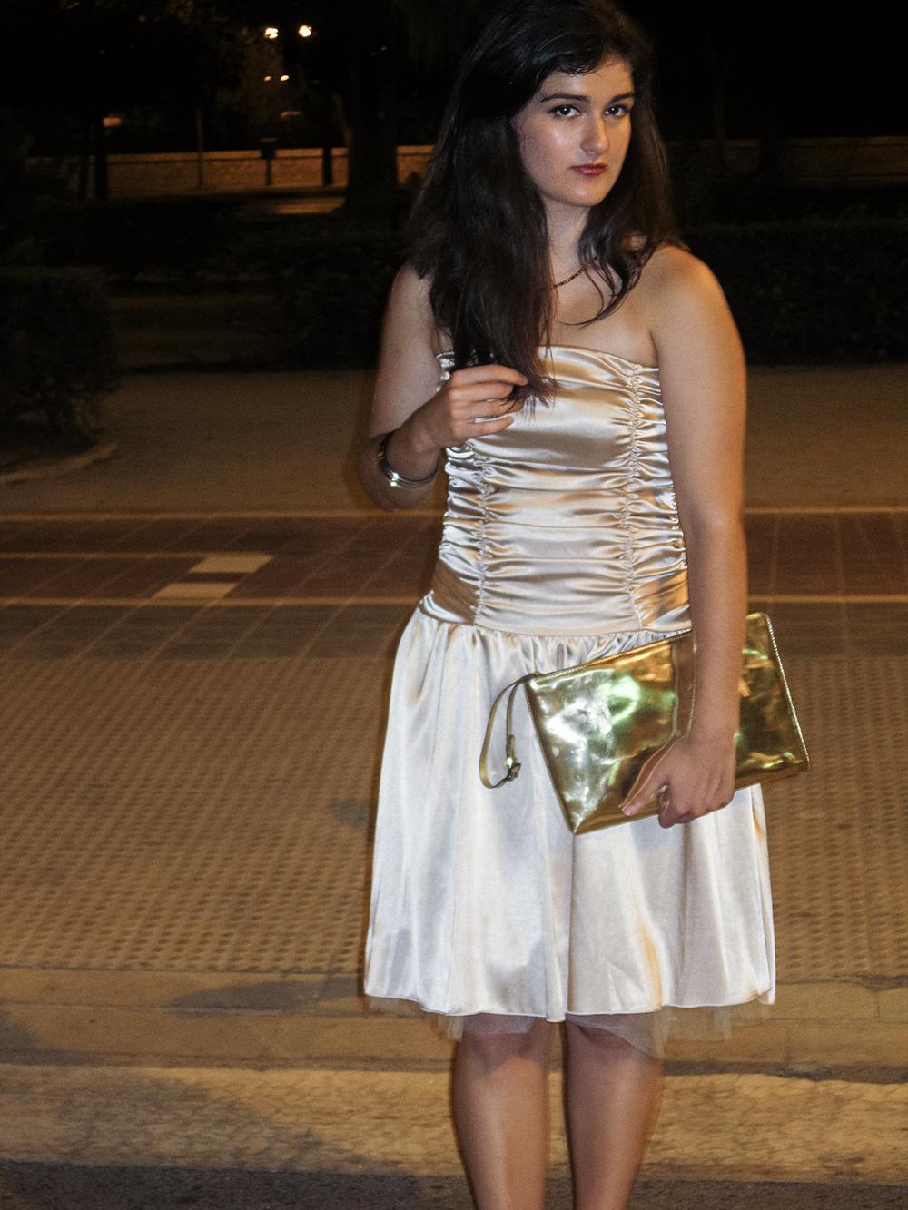 somethingfashion blogger valencia influencer spain_carolina herrera sandals_vintage dress beauty beast inspired 3