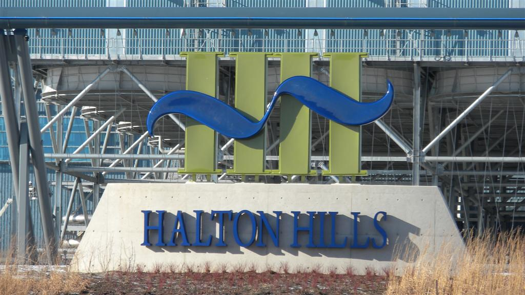 11_Halton Hill Sign-401_2011-01