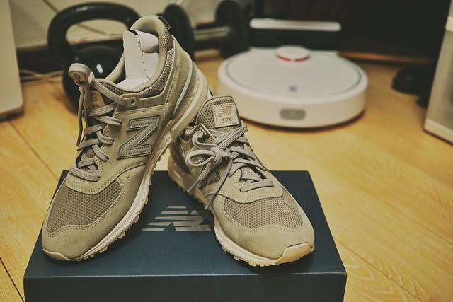 新年配新鞋, Sony ILCE-6000, Sigma 30mm F2.8 [EX] DN