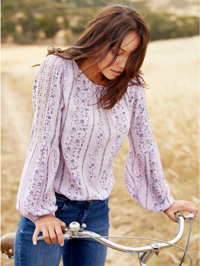 1044656_lavender_om_large